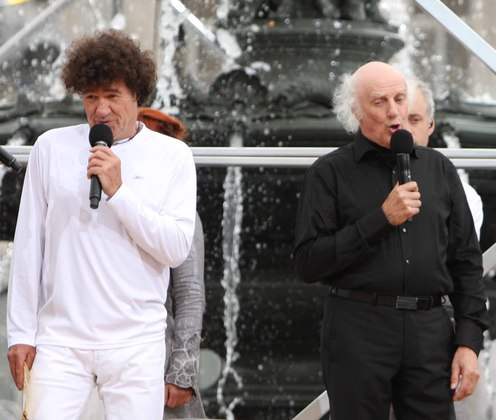 Robert Charlebois  and Gilles Vigneault